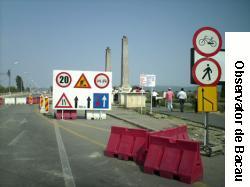 Circulatia pe podul de la Serbanesti ramine blocata