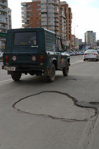 gropi-in-asfalt-2.jpg