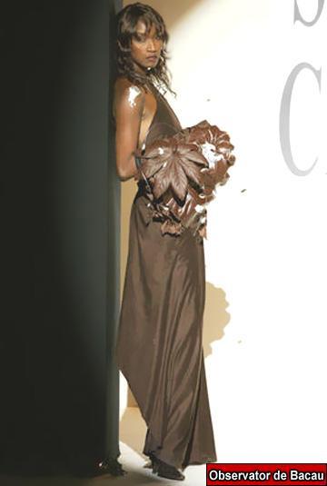 Supermodelul Katoucha Niane s-a înecat în Sena