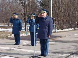 Comandorul Bahneanu a trecut oficial la manşa aviatorilor bacauani