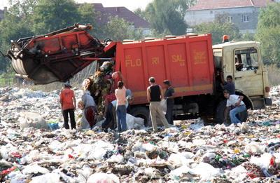 Bacaul, pe lista neagra a gropilor de gunoi