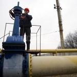 Românii plătesc mai mult pentru energie şi gaze faţă de ţări bogate din UE, raportat la venituri