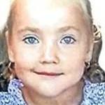 Denisa, fetita din Racaciuni care a murit de rabie, a fost inmormantata