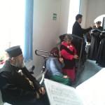 La implinirea a 58 de ani, PS Ioachim Băcăuanul, alături de bătrânii Centrului rezidenţial Hârja