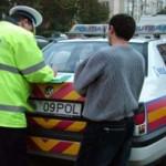 Bacau: Doi soferi s-au urcat la volan desi aveau permisul de conducere suspendat