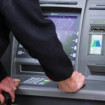 Bacau: Retea specializata in furturi din bancomate destructurata