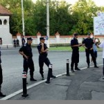 A treia zi de proteste la Palatul Cotroceni împotriva revenirii in funcţie a preşedintelui Traian Băsescu