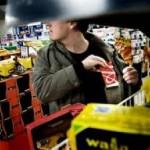 Se fura pe rupte din supermarket-uri