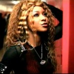 Cântăreaţa R&B Natina Reed a murit într-un accident de maşină