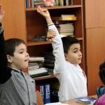 Aproape 100.000 de copii români nu frecventează şcoala