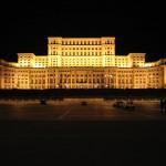 Grandomania la români are dimensiunile Casei Poporului