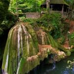 O cascadă din Romania, printre cele mai spectaculoase căderi de apă din lume