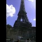 Turnul Eiffel a împlinit, fără fast, 125 de ani