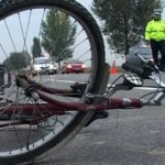 Biciclist neatent accidentat în comuna Asău