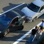 Aflat la volan sub influenţa alcoolului, a provocat un accident cu pagube materiale