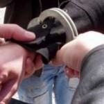 Tânărul care a tâlhărit o bătrână, a fost arestat preventiv