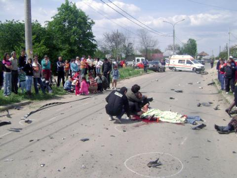 Accident mortal pe DN 12 A