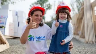 Habitat for Humanity România construiește 40 de case în doar 5 zile în Bacău