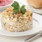 Cum gătești sănătos salata de boeuf