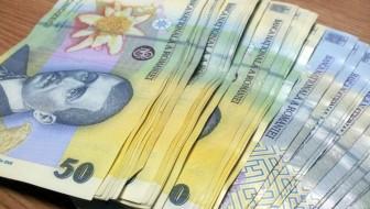 A găsit o sumă de bani și a predat-o polițiștilor pentru a fi restituită păgubitului