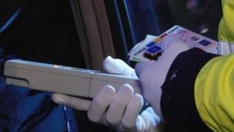 Depistat la volan, cu permisul suspendat și sub influența alcoolului