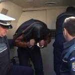 Un tânăr bănuit de tulburarea ordinii și liniștii publice și violare de domiciliu a fost reținut pentru 24 de ore