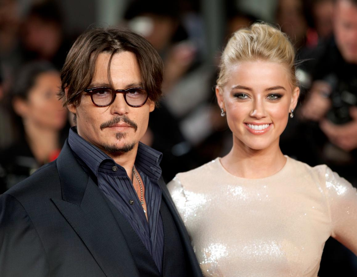 johnny-depp-amber-heard-2011