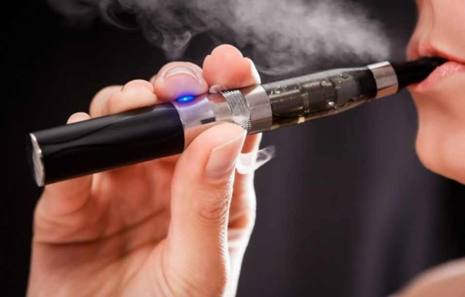 din-17-martie-e-permisa-doar-tigara-electronica-in-spatii-publice-1