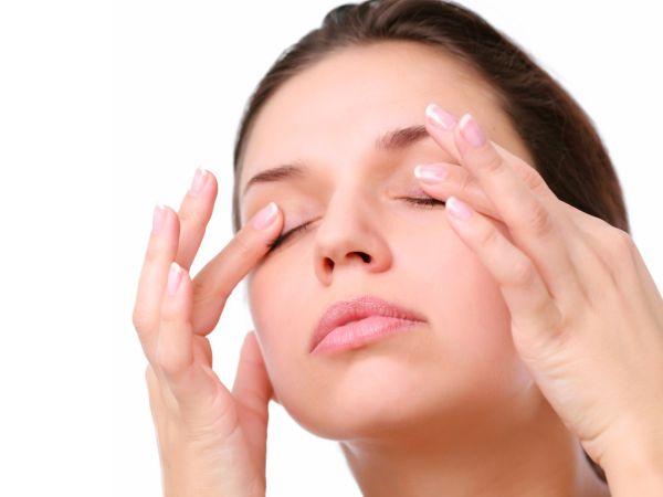 femeie-cearcane-pungi-ochi