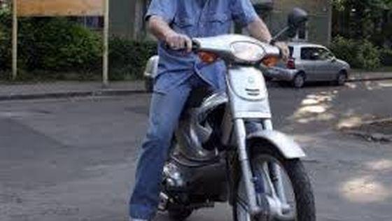 s560x316_Mopedist