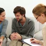 Cu dragostea la psiholog: Ce probleme de cuplu îi determină pe români să apeleze la terapie