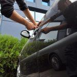 Furt din auto, cercetat de polițiștii Secţiei 1 Bacău