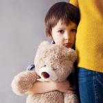 Cum ne afectează la maturitate traumele din copilărie