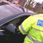 Dosare penale pentru conducerea unui autovehicul neînmatriculat, fals material în înscrisuri oficiale şi uz de fals