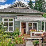 Oamenii visează să-și facă o casă la țară, să ducă un trai liber și liniștit