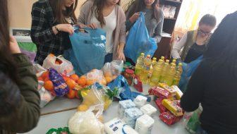 """,,Săptămâna legumelor şi fructelor donate"""" la Liceul Tehnologic """"Jacques M. Elias"""" din Sascut"""