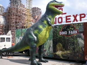 Expozitie de dinozauri, la Onesti
