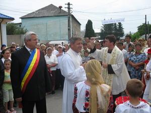 Preot in satul natal