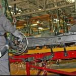 Muncitorii calificaţi şi cei necalificaţi, primii pe lista angajatorilor şi în 2011