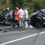 Faraoani: Un sofer a pătruns pe contrasens și a intrat în coliziune cu o mașină condusă de un șofer băut!