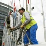 Irlanda a eliminat toate restricţiile pe piaţa muncii pentru români şi bulgari