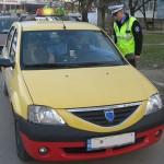Poliţiştii au acţionat pentru verificarea activităţii de transport persoane în regim de taxi