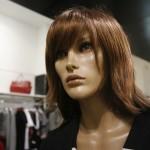 Spionul din magazinele de îmbrăcăminte: Manechinul bionic care adună informaţii despre clienţi