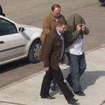 Posesor de mandat de executare a pedepsei închisorii, depistat