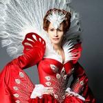 Julia Roberts este Regina cea rea în Oglindă, oglinjoară