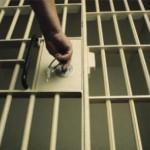 Posesor de mandat de executare a pedepsei cu închisoarea, depistat de poliţişti