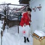 Echipa Crucii Rosii Romane –  Filala Bacau a ajutat o batrana fara un picior