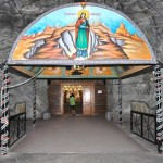 Sfântă Liturghie săvârşită la 240 de metri sub pământ