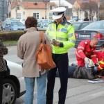 Femeie de 57 de ani, accidentată de un şofer neatent