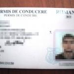 Circula cu un permis de conducere fals